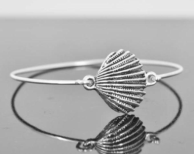Sea Shell Bangle, Sterling Silver Bangle, Sea Shell Bracelet, Stackable Bangle, Bridesmaid  Bangle, Bridesmaid jewelry, Bridal Bracelet
