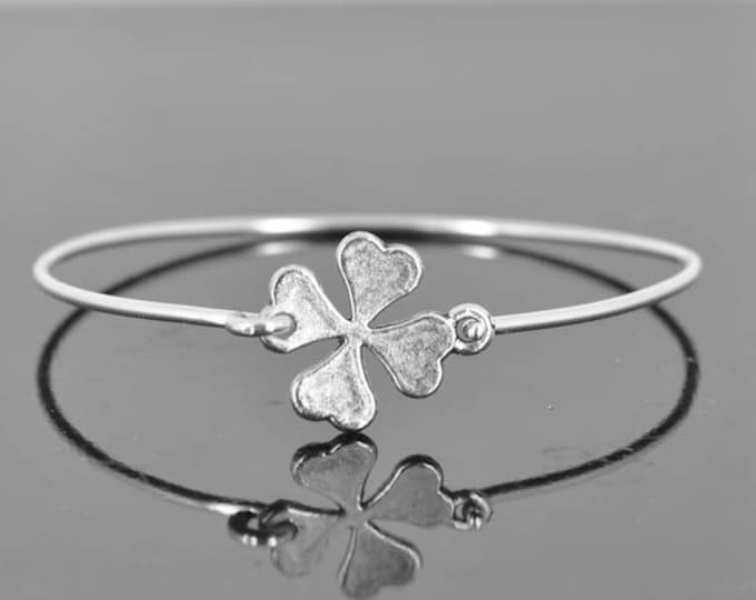 Clover Bangle, Sterling Silver Bangle, Clover Bracelet, Stackable Bangle, Charm, Bridesmaid Bangle, Bridesmaid jewelry, Bridal Bracelet