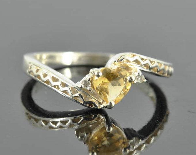 Citrine ring, heart shape, sterling silver ring, gemstone ring, heart ring, yellow, november birthstone