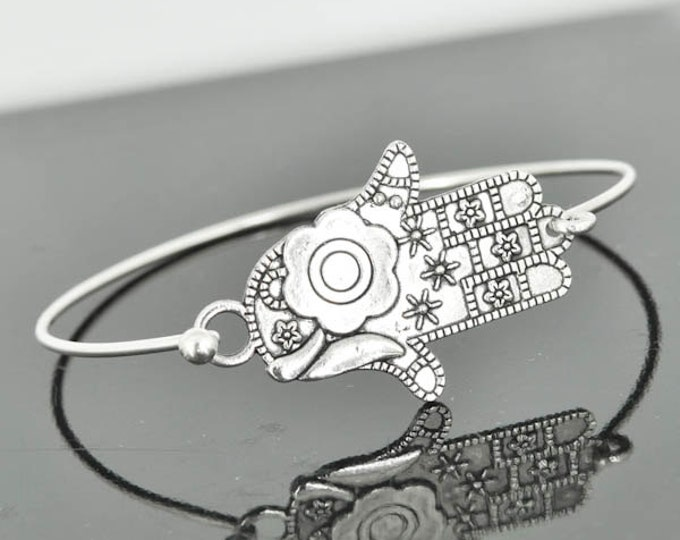 Hamsa Bangle, Sterling Silver Bangle, Hamsa Bracelet, Stackable Bangle, Charm Bangle, Evil Eye Bangle, Evil Eye jewelry, Evil Eye Bracelet
