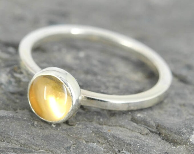 citrine ring, 6mm, gemstone ring, stacking ring, november birthstone ring, personalized ring, statement ring, bridesmaid gift, best friend