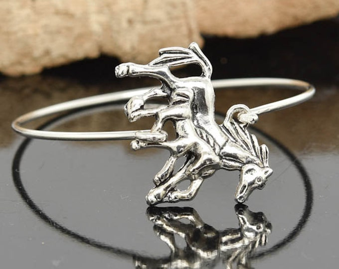 Horse Bangle, Sterling Silver Bangle, Horse Bracelet, Stackable Bangle, Charm, Bridesmaid Bangle, Bridesmaid jewelry, Bridal Bracelet