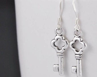 key earrings, silver earrings, skeleton key earrings, sterling silver earrings, antique key earrings, vintage key earring, victorian earring
