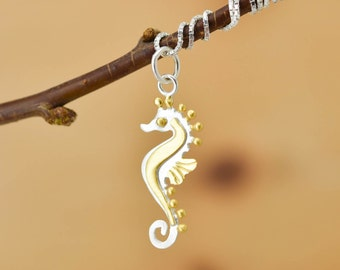 Seahorse Pendant, Seahorse Necklace, Seahorse Jewelry, Seahorse Charm, 925 Sterling Silver, Bridesmaid Gift, Best Friend Gift, Gift for her