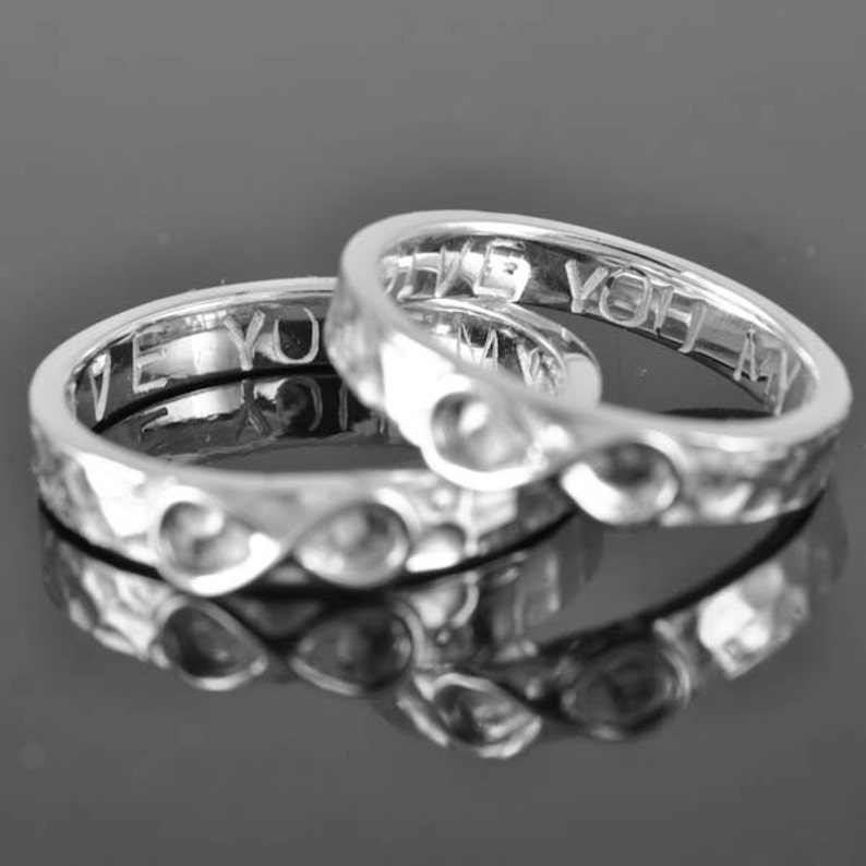 infinity ring engraved knot friendship personalized Bridesmaid Gift promise sisters Wedding Band best friend Mens Ring