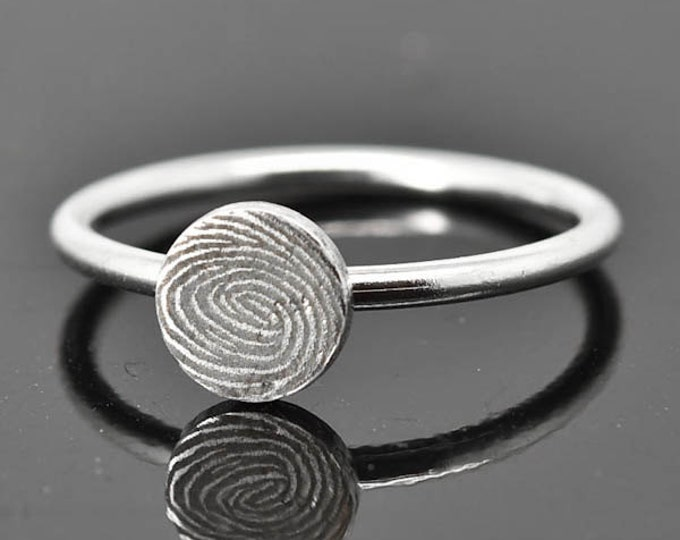 Fingerprint Ring, Fingerprint Jewelry, Stacking Ring, Circle Ring, Engraved Ring, Personalized Jewelry, Bridesmaid Gift, Best Friend, Sister