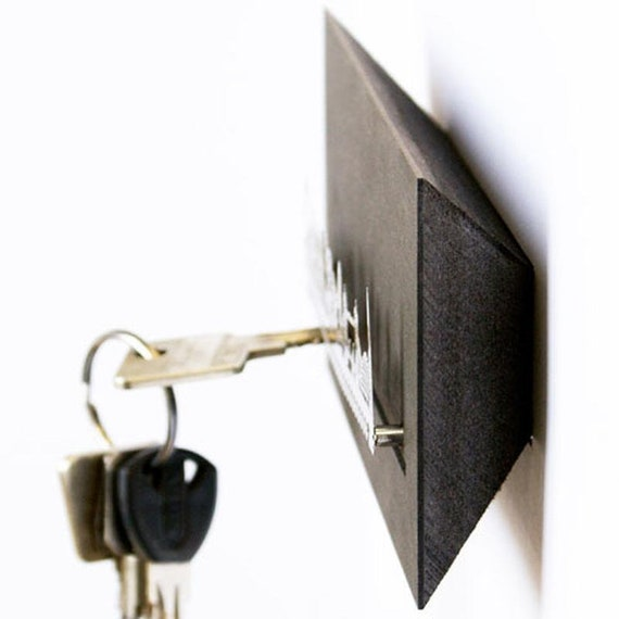 modern key holder in urban design Cambridge key rack souvenir  key board in gift box