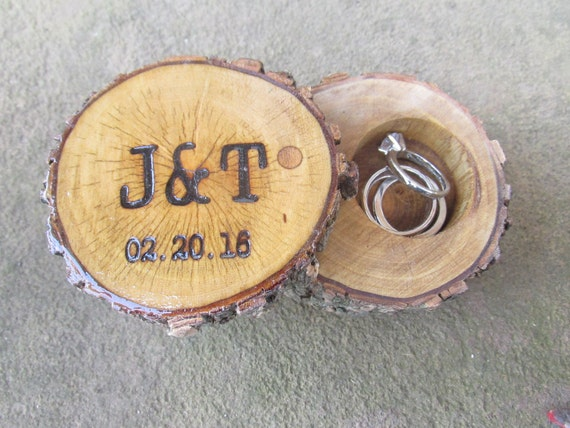 Elm Ring Box | Ring Box Wedding | Ring Box Engagement | Ring Box Rustic | Ring Box Ring Bearer | Ring Box Wood