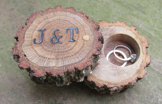 Oak Ring Bearer Box | Wooden Engagement Ring Box | Bridal Shower Gift Idea
