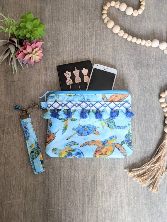Sea Turtle Wristlet Bag