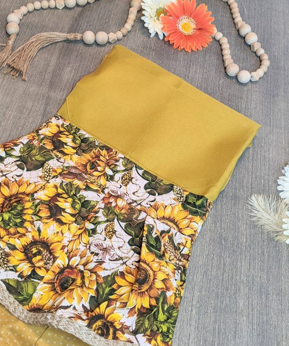 Sunflower Apron / Kitchen Apron /Sunflower Retro Apron