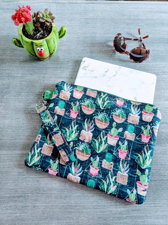 Cacti iPad Sleeve / Wristlet Bag / Pouch / Succulents Clutch