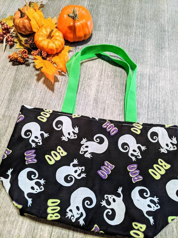 Halloween Ghosts Tote Bag