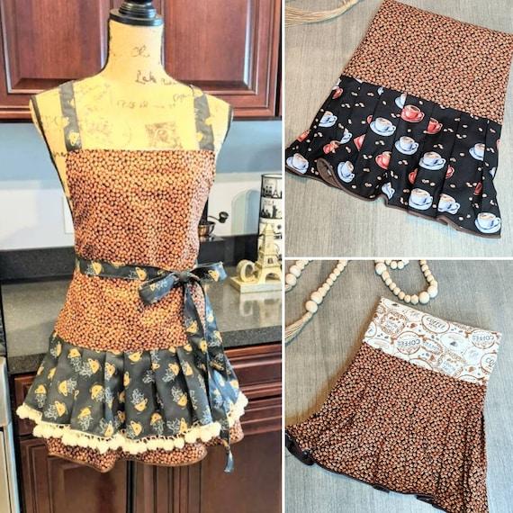 Cute apron  /  Cute Coffee Apron / Kitchen Apron