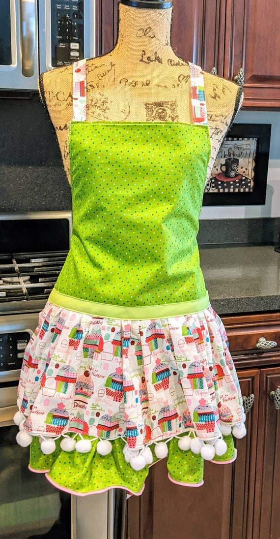 Cupcake Apron Mom & me Apron /Mommy and Daughter Apron Set