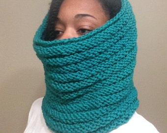 Green Cowl scarf