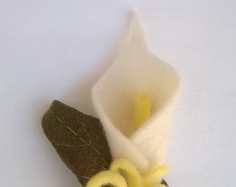 White and Yellow Wool Calla Lily Brooch with Green Leave - Wool Felt Fabric - Silverplated Pinback - Large 6 1/2 Inches High Flower Brooch