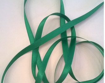 Emerald Green 100 % Silk Satin Ribbon, Double-Faced - 1/4 Inch - 6mm - Christmas Green Fashion, Craft, Lingerie Ribbon - Sold by the Yard