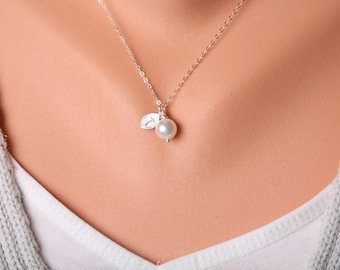 Personalized initial,mongoram necklace,Leaf Jewelry,Bridal Wedding jewelry,Wire wrapped pearl necklace