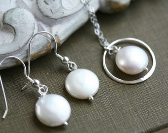 Eternity Circle Necklace,Coin pearl necklace,pearl in circle necklace,coin pearl earrings,Bridesmaid necklace,Wedding jewelry,mother in law