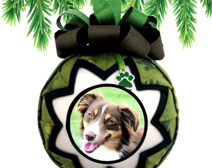 Personalized Pet Christmas Ornament in GREEN & BLACK