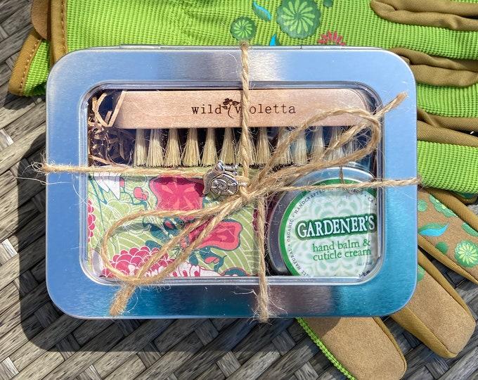 Gardener's Gift Tin / Birthday Gift for Gardening / Women's Garden Gloves and Gardening Gift Tin / Gift for Garden Lovers