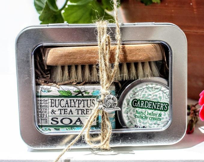Gardener's Gift Set / Gift for Women / Gardening Gift Basket