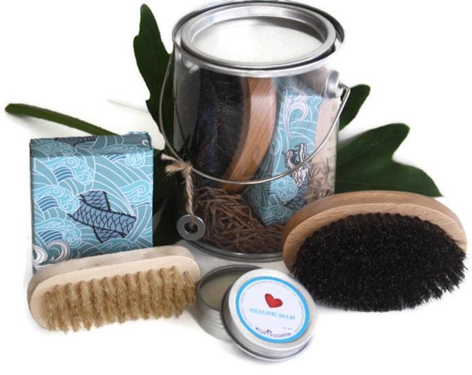 Gifts for Men / Shave Brush Gift Tin / Christmas Gift Kit for boyfriend