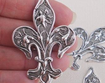 x2 Fleur de lis stamping sterling silver finish