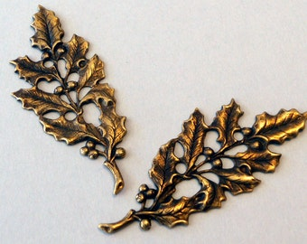 Holly leaves   brass ox 2 pieces