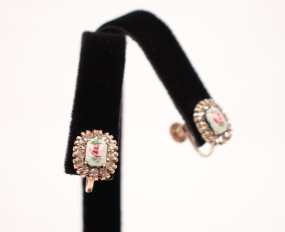 40s 50s Vargas painted earrings // screw back