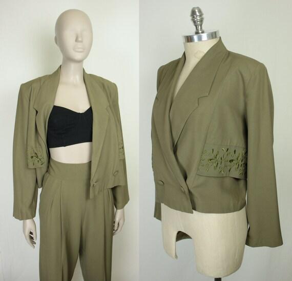 80s 90s pant suit // floral embroidery // shoulder