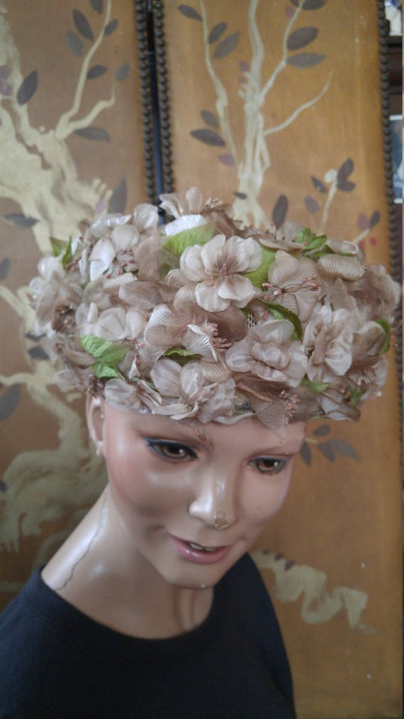 50s dusky pink flowered hat by Evelyn Varon
