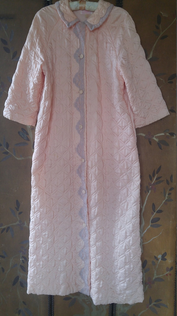 80s peach and grey lace quilted dressing gown by S