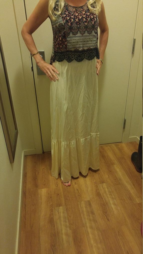 70s Gunnies by Jessica satin cream maxi full skirt - image 6