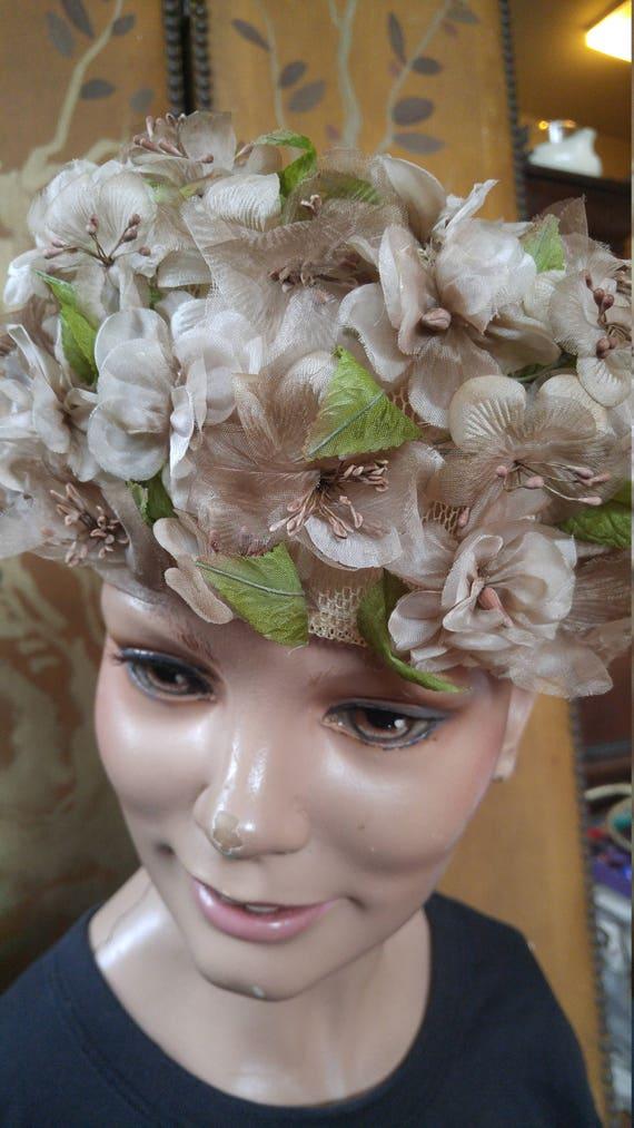 50s dusky pink flowered hat by Evelyn Varon - image 4