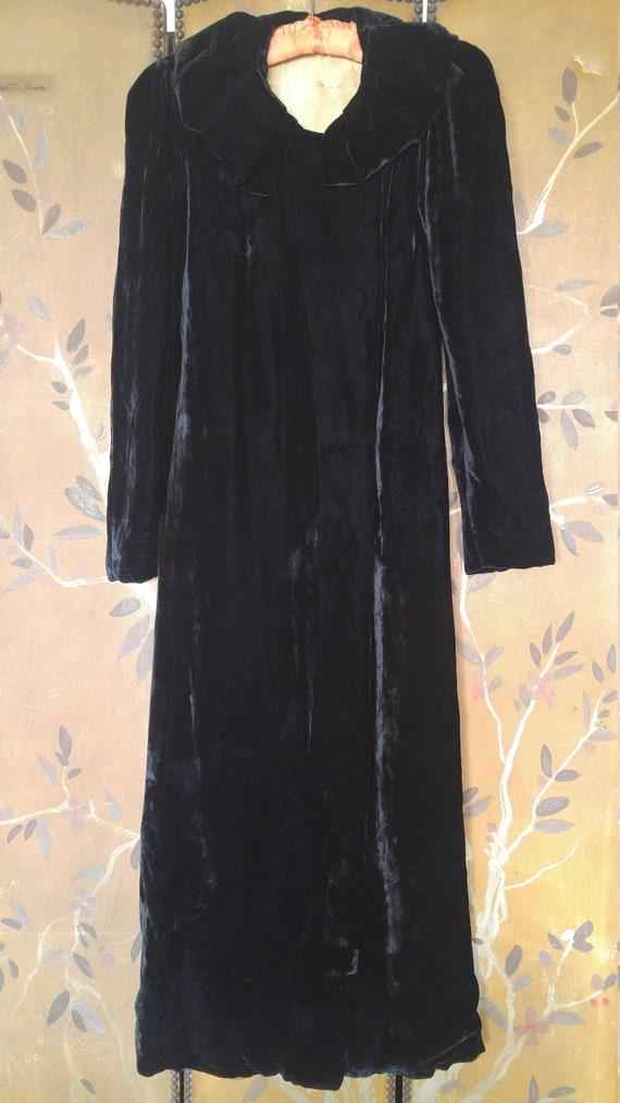 1930s black velvet maxi length Opera coat