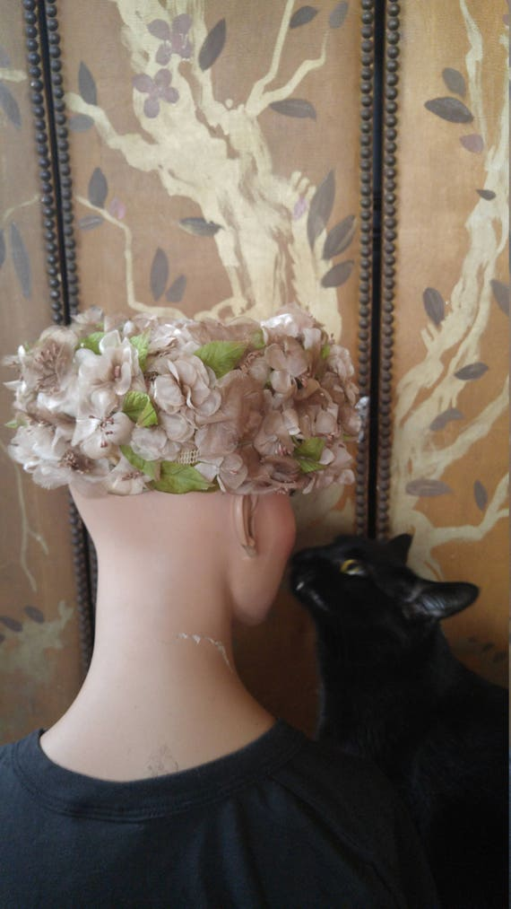 50s dusky pink flowered hat by Evelyn Varon - image 7