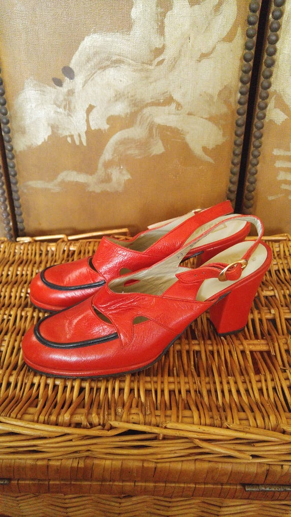 60s Mod red leather and black trim sling back shoe