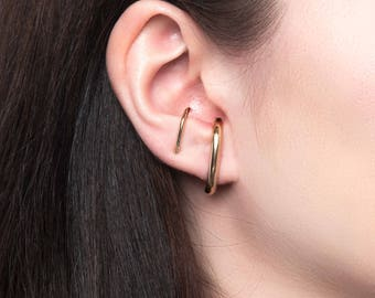 Wide Suspension Hoop Earring, 14K Gold Filled Ear Suspender, Minimalist Ear Cuff, Rose Gold Wrap Hoop, Silver Huggie Earring