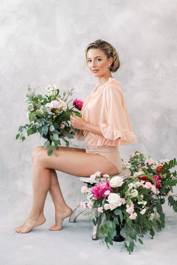Vintage 60s 70s Peach Ruffle Peignoir Bridal Boud… - image 3