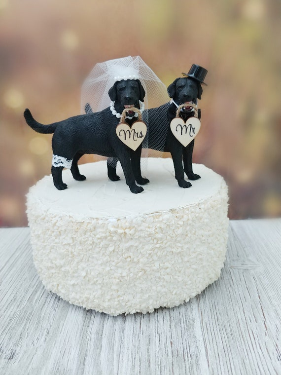 Black Labrador retriever wedding cake topper animal bride and groom rustic country hunting dog cake topper Mr and Mrs animal themed dogs