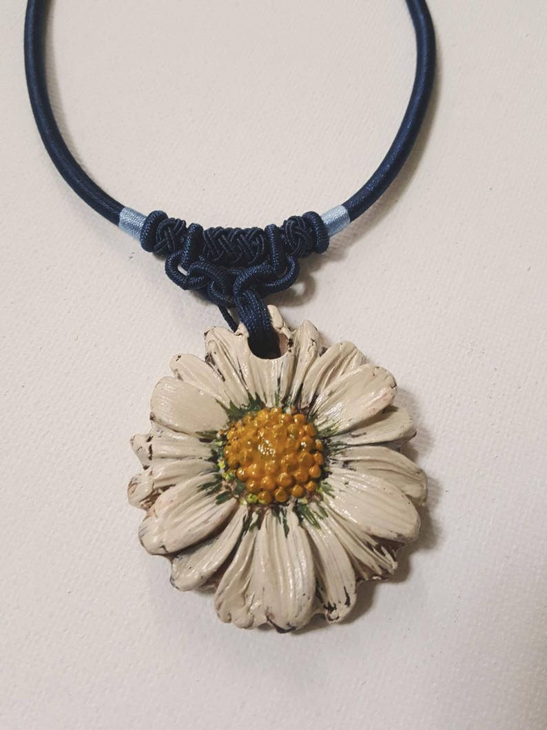 daisy necklace with recycled ceramic.