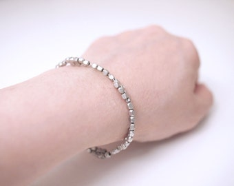 Cube Shaped Silver Pewter Beads Bracelet