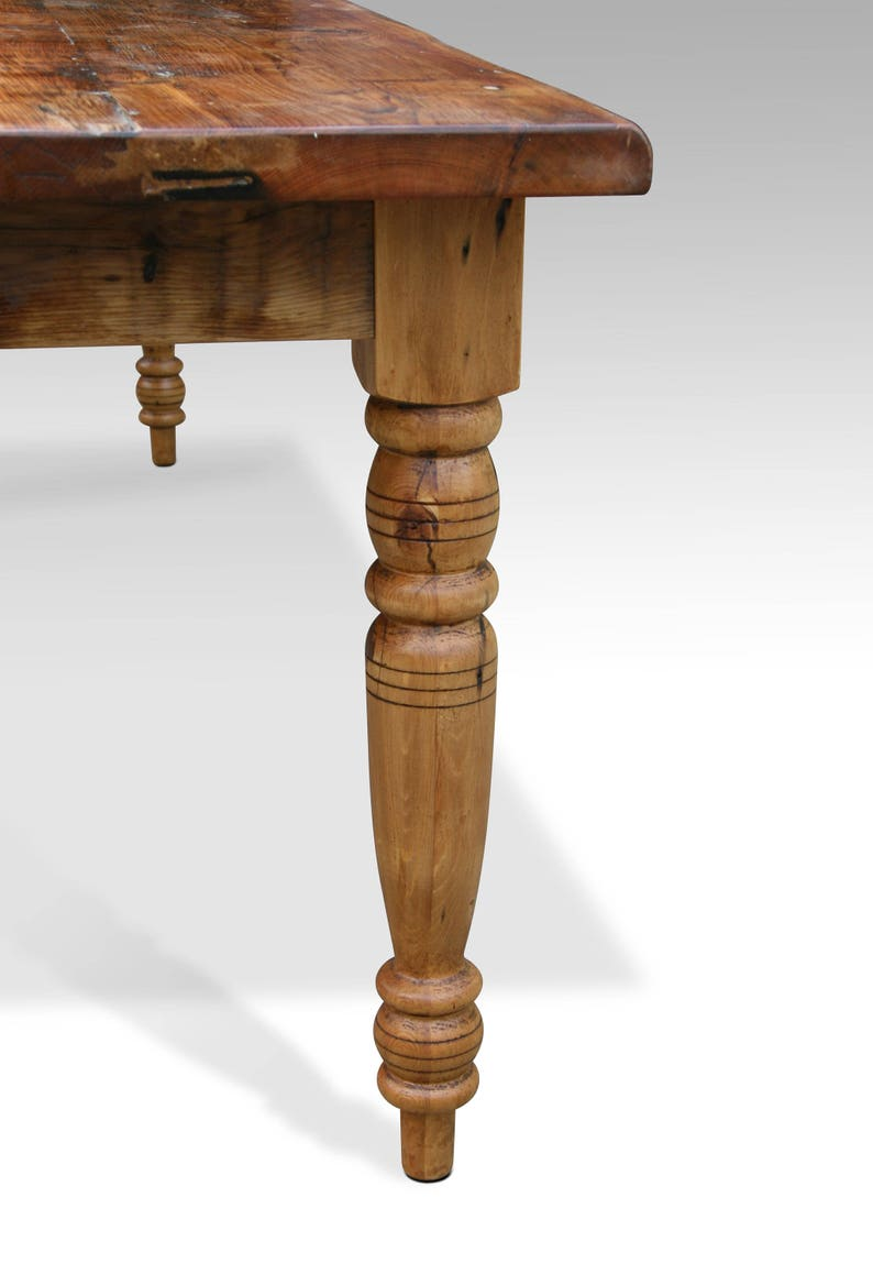 0391611002b3e Rustic Pine Farm Table with Turned Legs 8  9  or