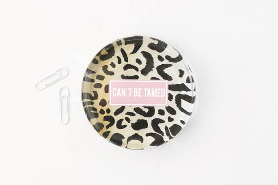 Animal Print Office Supplies Leopard Glass Paperweight Can T Be Tamed Girls Desk Accessories Custom Paperweight Graduation Gift New Job Gift