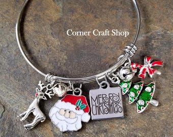 Merry Christmas Santa Reindeer Jingle Bell Tree Candy cane Charm Bangle Bracelet  with Real Jingle Bells