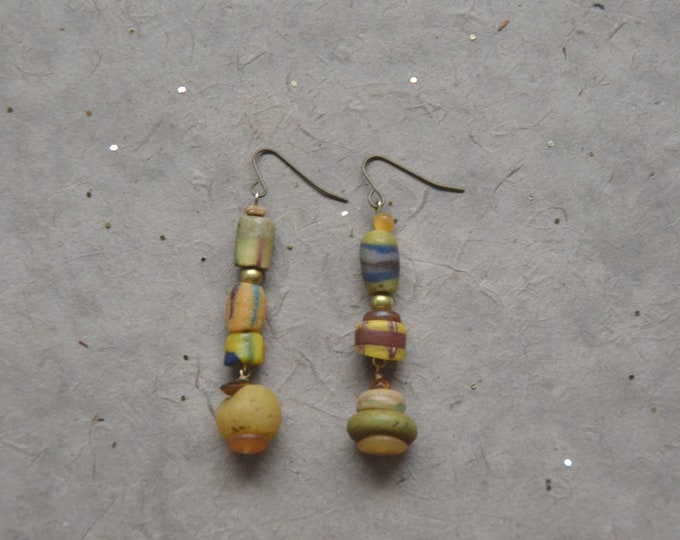 Trade Routes earrings, Chakra 3.
