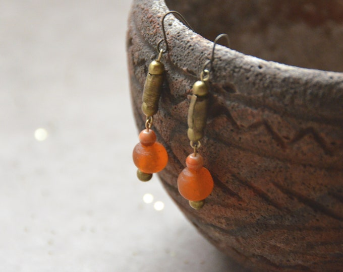 Primitive Simplicity earrings, Chakra 2