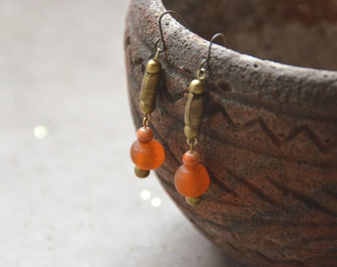 Primitive Simplicity earrings, Chakra 2